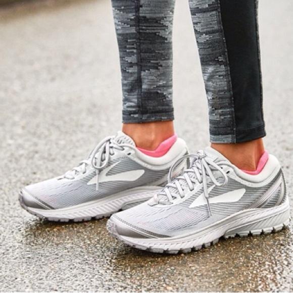 c12f772577873 Brooks Shoes - Women s Brooks Ghost 10 grey running shoes SZ 8.5